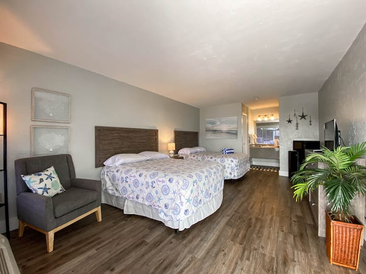 Bonita Beach Resort Two Double Beds 206