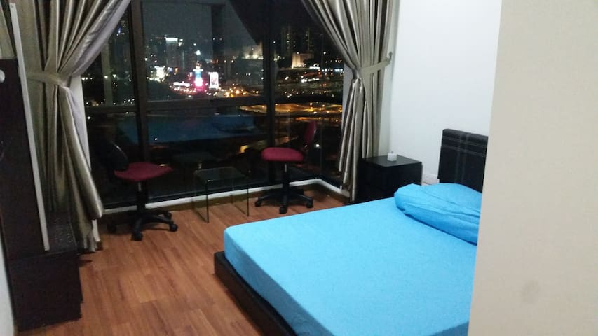 Private Room with Best View Wifi Gym & Pool in KL - Kuala Lumpur - Condominium