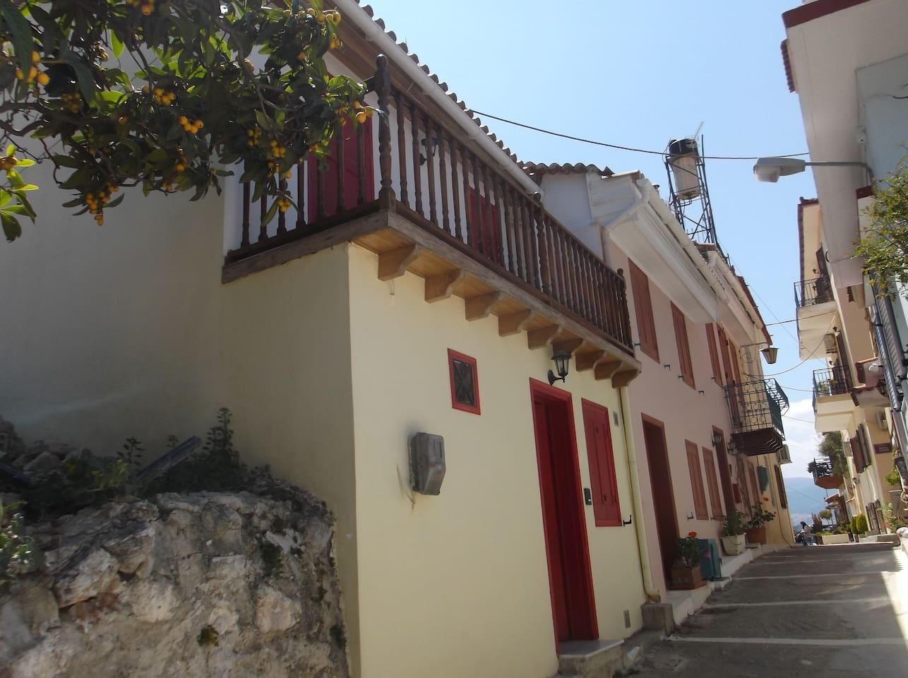 Παλαιό Ναύπλιο Ψαρομαχαλάς ενοικίαση παραδοσιακού σπιτιού