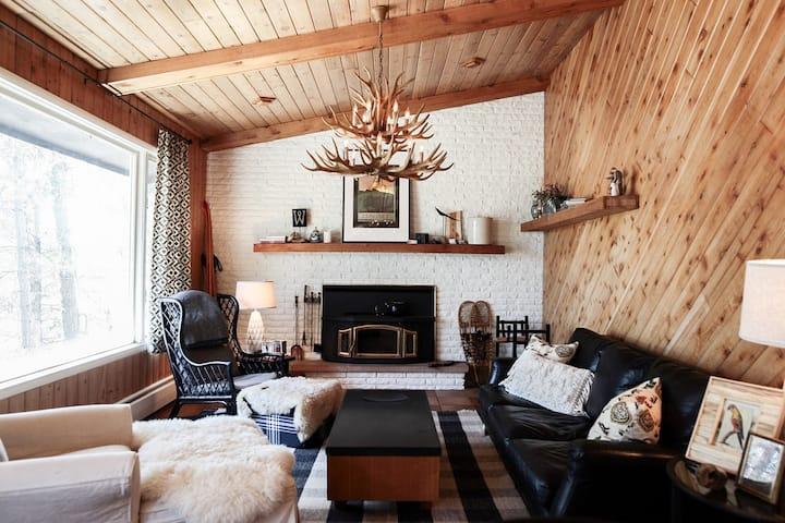 Edelweiss Cabin Lake Home
