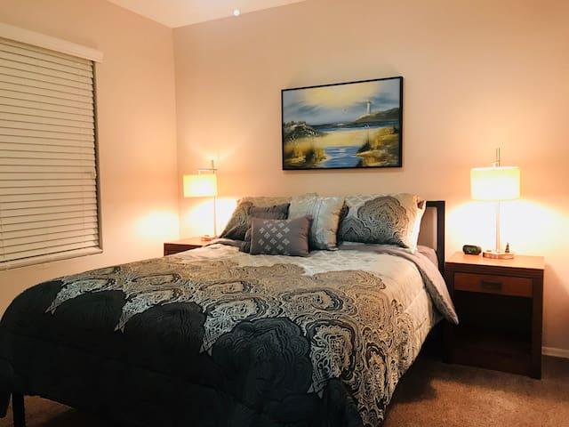 Central Mesa-Salt River 3 Bed 2 bath Full kitchen!