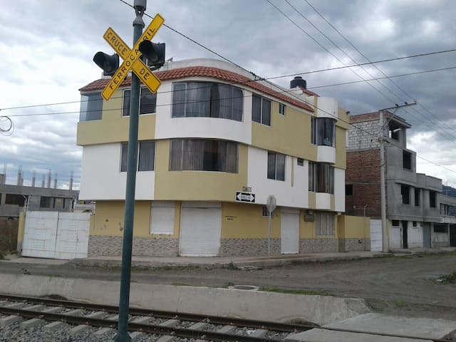 LA CASA DEL TURISTA RINCÓN INTERNACIONAL RIOBAMBA