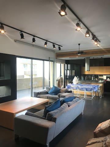 Luxurious duplex for rent in achrafieh sassine