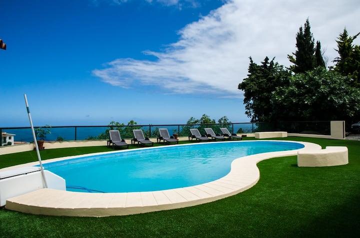 Galguen Paraiso en la isla de las estrellas Villa1