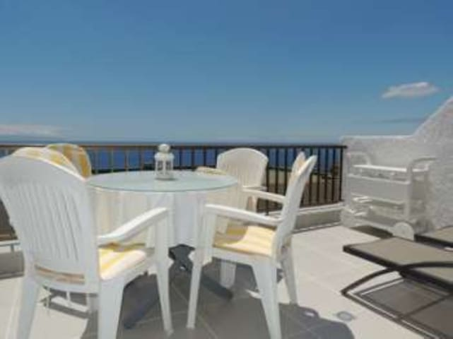 1 Bed Apartment in Tamara with Fantastic Views