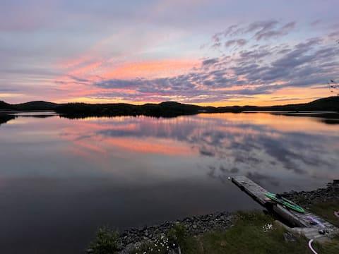 Lakehouse : Natação, peixe e barco no Lago Walker