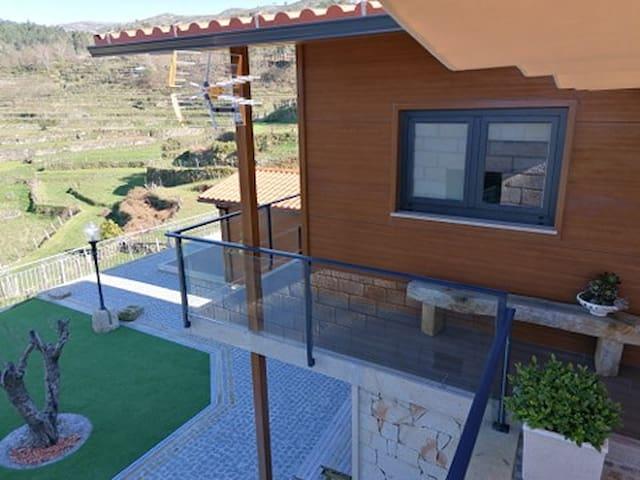 Casa Dona Florinda - Ermida, PNPG