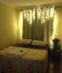 Alugo quarto em cobertura charmosa - Joinville