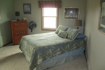 Mukwonago Bed Room