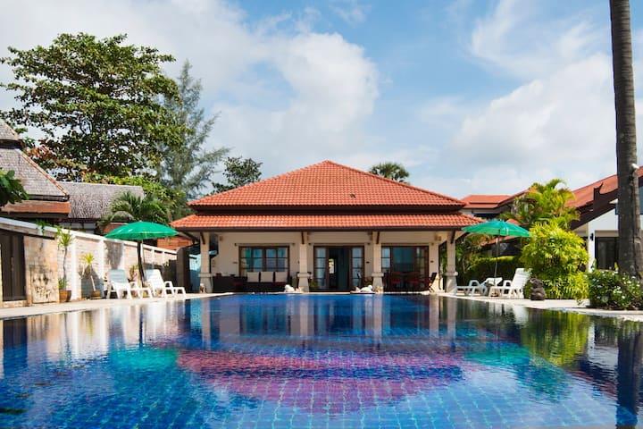 Malee Beach Front Villa A6, Koh Lanta, Krabi