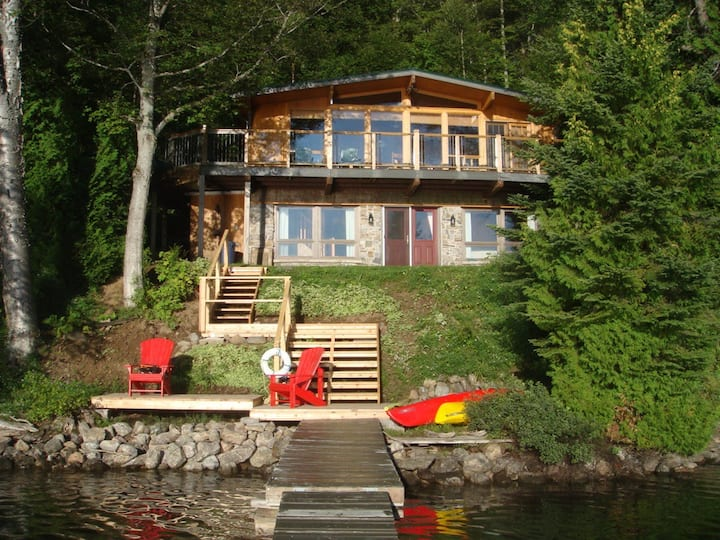 Sunrise Cottage on Esson Lake