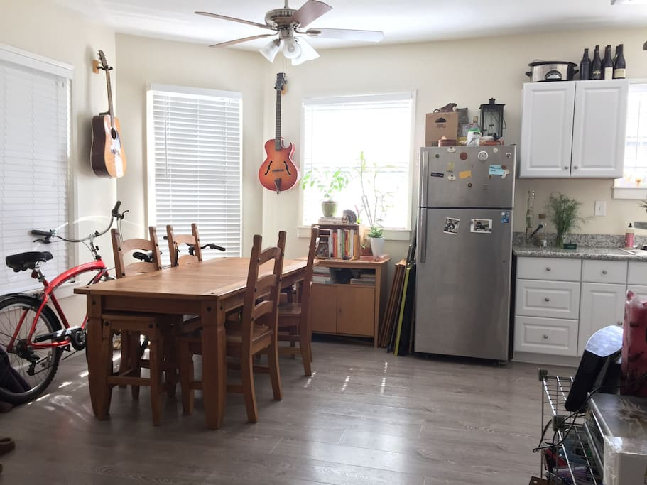 Spacious and bright!  Large dining room table that makes a great workspace!