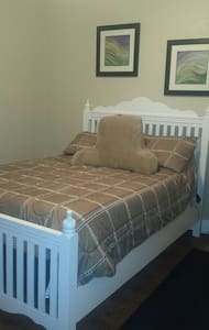 Full size bedroom - Sebring