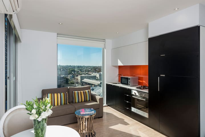 South Yarra Studio with City Views