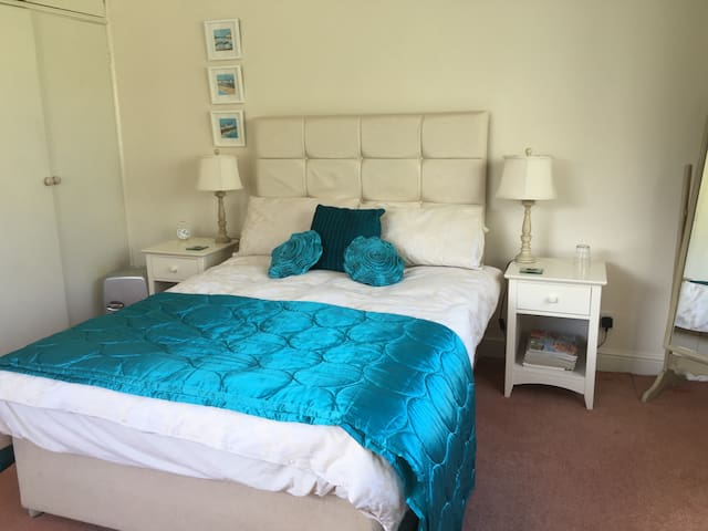 Ensuite room with a sea view - Starcross - Maison