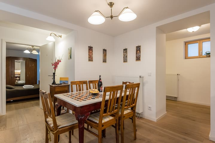 Family apartment in central Munich