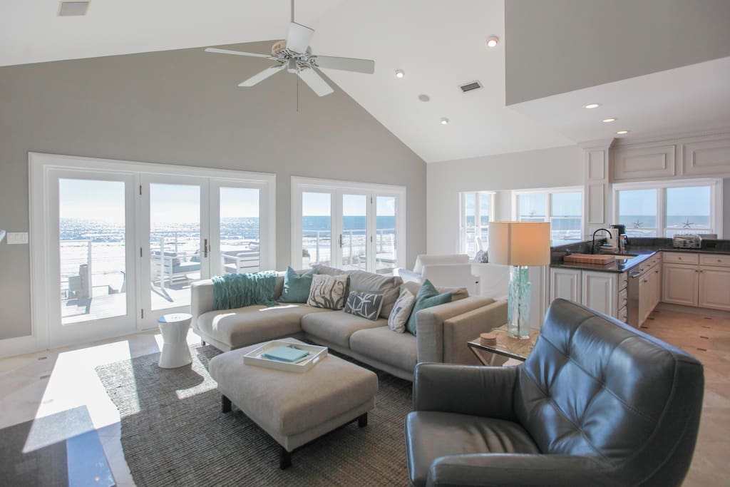 open concept living area with gulf views