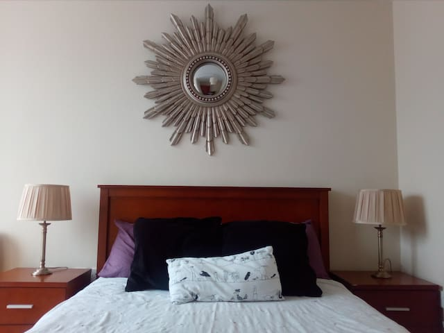 Relaxing space centrally located double room - Galway - Wohnung