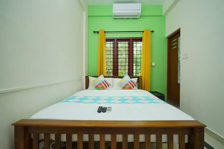 OYO - Colourful 1BR in Kochi , Early Bird Special!
