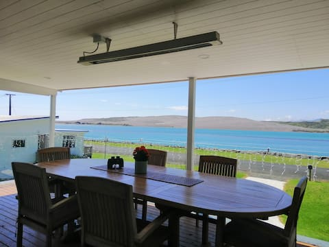 Best deck in Aotea, designed for your relaxation.