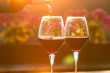 Over 400 Wineries & Tasting Rooms to visit during your stay in the Napa Valley.