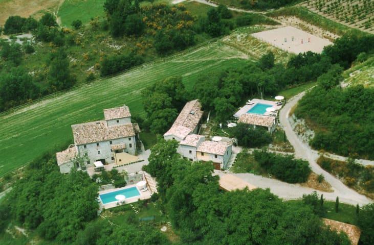 Olive House  - Casa Vialba Estate - Umbrian Heaven
