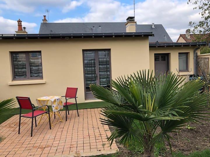 Maisonnette privative avec jardin