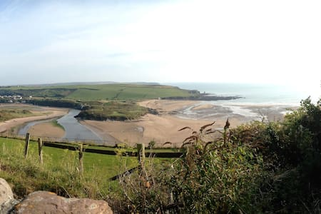 Lovely family home walking distance from the beach - Bigbury-on-Sea - 独立屋
