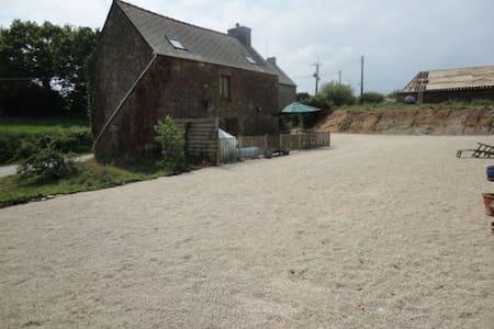 Rural meets luxury - Huntsman Lodge (coming soon) - Mégrit