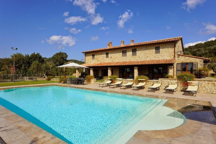 Luxury villa with private lawn, Jacuzzi & pool
