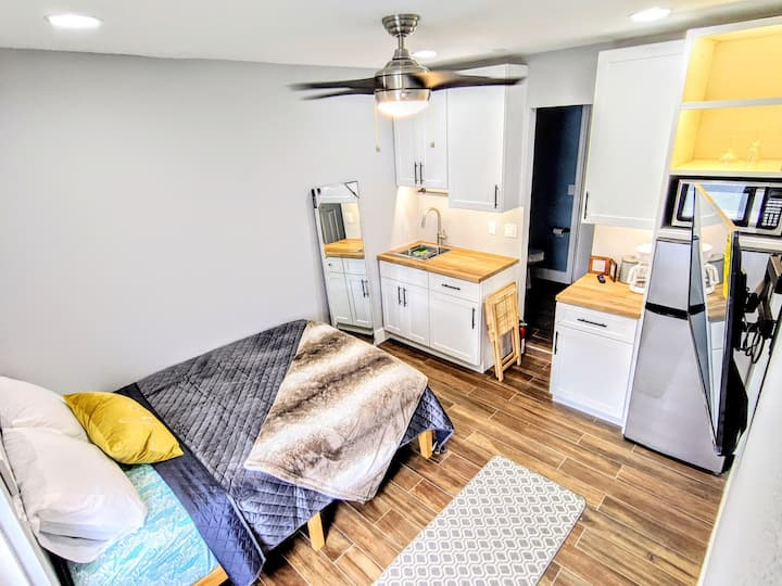 Affordable Getaway ♥☀ Close to MCO, parks, &DT!☀