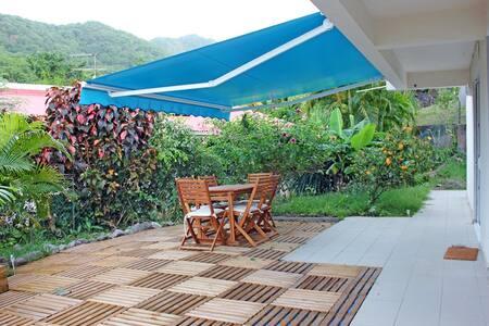 Villa les Allamandas - 5 pers - 500m de la plage