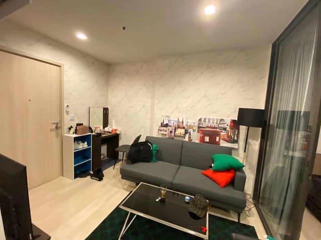 Sweet condominium with one bedroom , close to BTS
