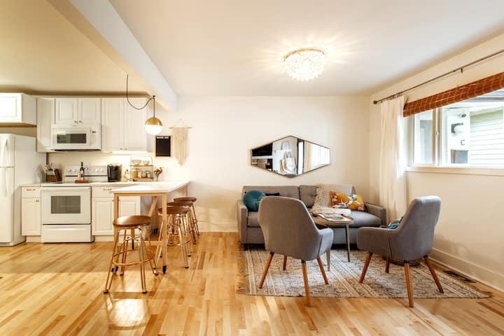 Germantown Oasis: Cozy, Clean, Quiet, Fast WiFi