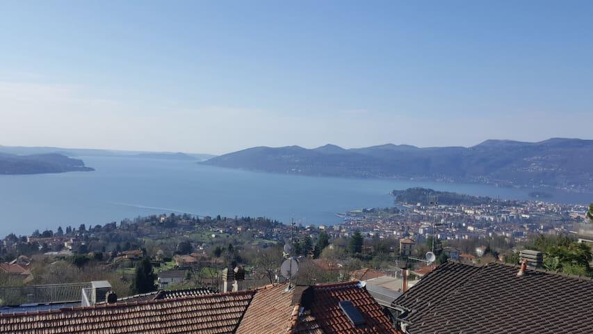 Casa Gialla sul Lago Maggiore - Arizzano - Huoneisto