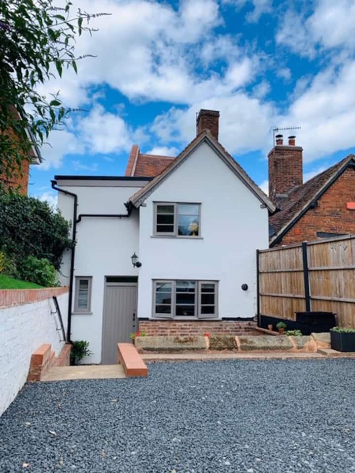 Newley restored and refurbished cottage