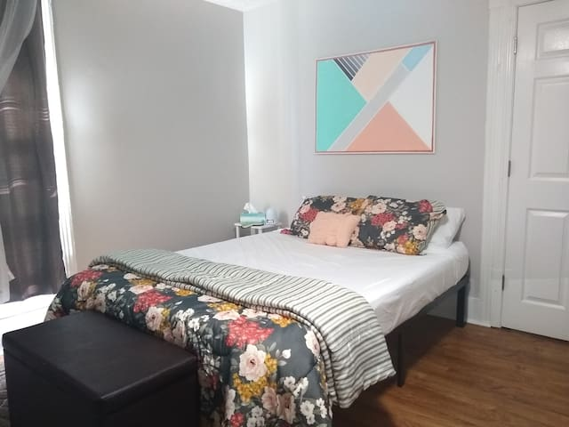 Cozy & modern: Private Bed/Bath near EKU, Downtown