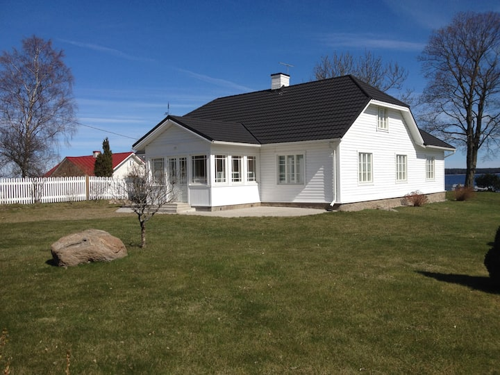 ÄSSA BEACH HOUSE