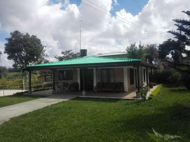 Amazing country house near to the downtown WIFI