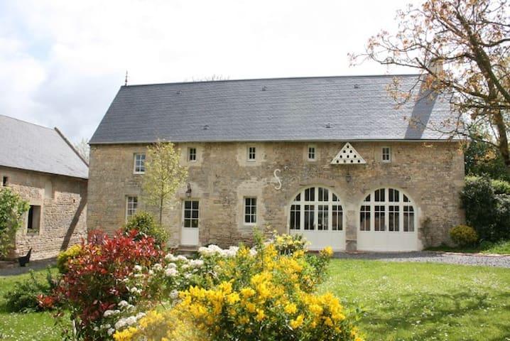 Belle maison, calme, 4 Pers proche Bayeux