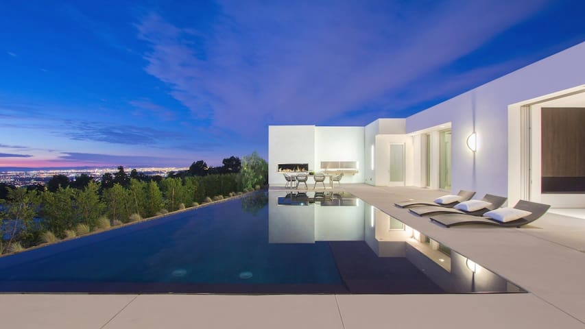 Spectacular house with sublime views - Beverly Hills - Bed & Breakfast