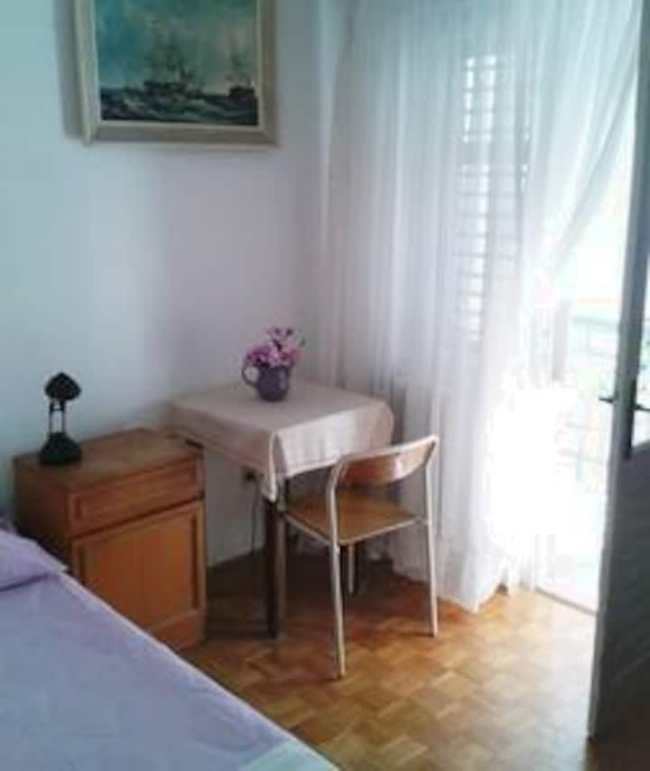 Guest House Porobic: single room with balcony