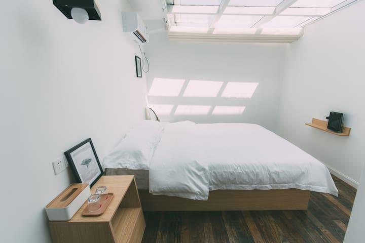 凳子民宿•Room11 北欧极简主义 茂名首家文艺民宿 - 茂名市 - Villa