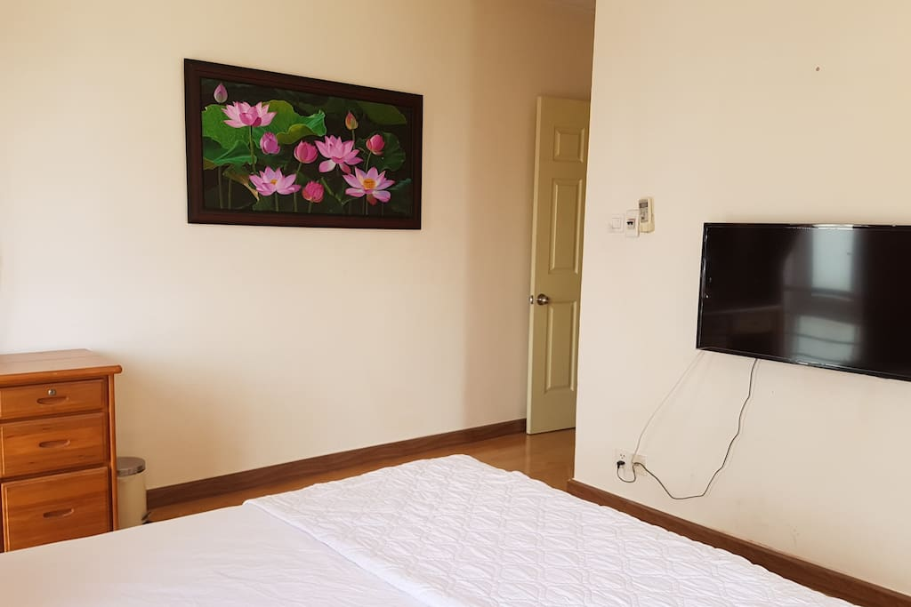 Fully equipped with cable tv and high speed internet