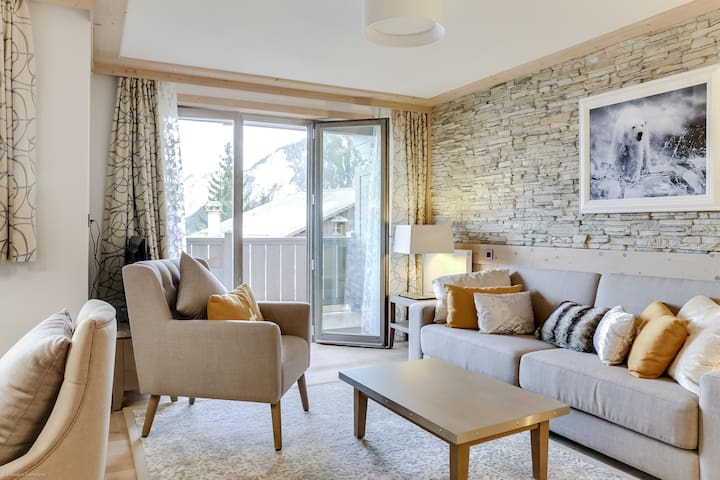 Carré Blanc 132 : 3 rooms with contemporary atmosphere