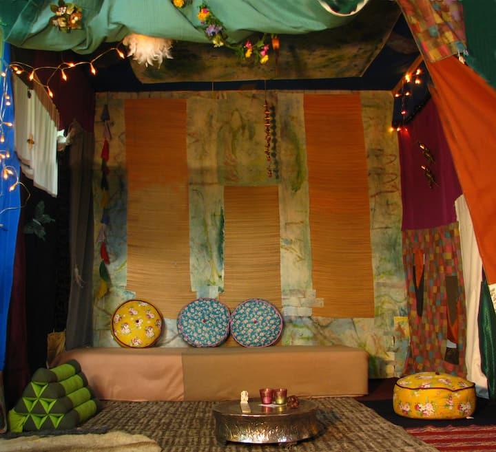 Shelter36, ruime studio,eigen opgang,toilet,douche