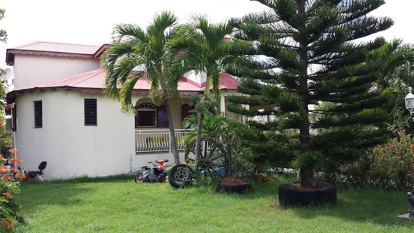 "Chambre N°2 de la Villa ""Nord Grande-Terre NGT"" - GP - Villa"