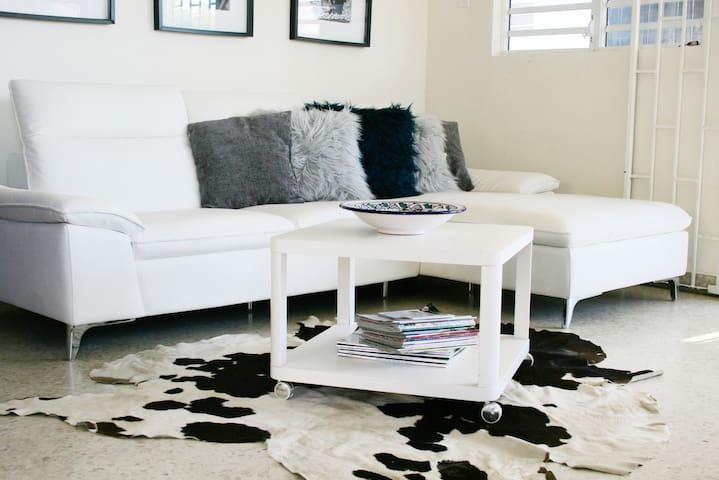 #8 Living Room
