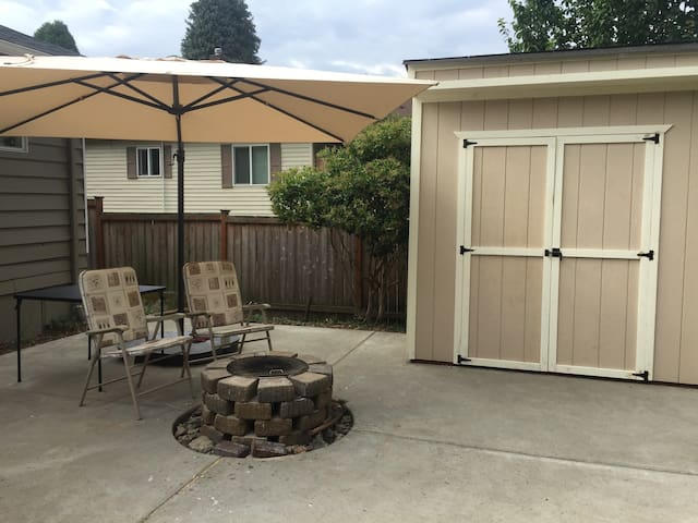 Room #1 in Kennydale, Renton Home! - Renton