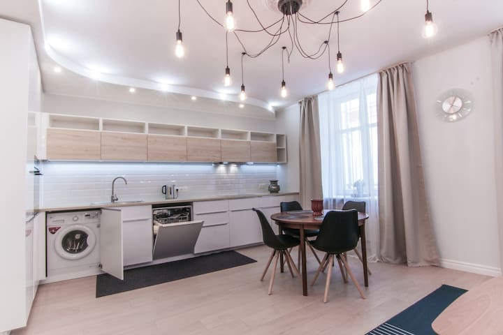 Fabolous Vagnera street apartment